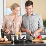 woman-kitchen-man-everyday-life-298926